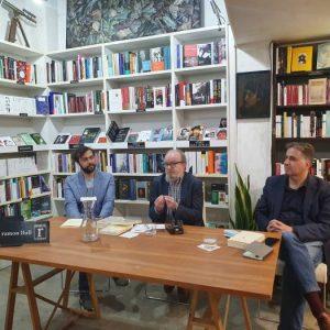 Celebramos con Pre-Textos la obra de las premiadas poetas Anne Carson y Louise Glück. Con Manolo Borrás y los poetas y traductores Jordi Doce y Adalber Salas.  Gloria de tarde.