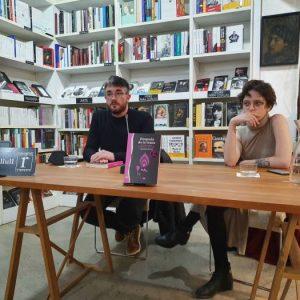 Nos visitó Elizabeth Duval, autora del libro, «Después de trans. Sexo y género entre la izquierda y lo identitario».  Dialogará sobre este libro con el escritor Víctor Mora.