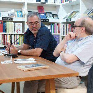 Nos visitó el escritor Fernando Clemot para hablarnos sobre su última novela Fiume.  Le acompañó en la charla el editor Manuel Borrás.