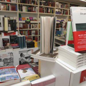 Más narrativa. Llibreria Ramon Llull. Fotografía Ana Avellena