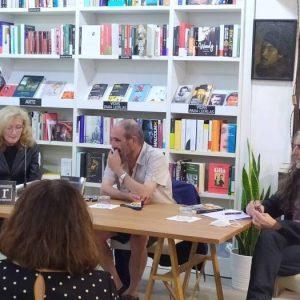 El día 3 de octubre del 2020 recibimos a Rafael Reig. Nos habló de su novela Amor intempestivo. Le acompañó Everilda Ferriols y Francisco Benedito.